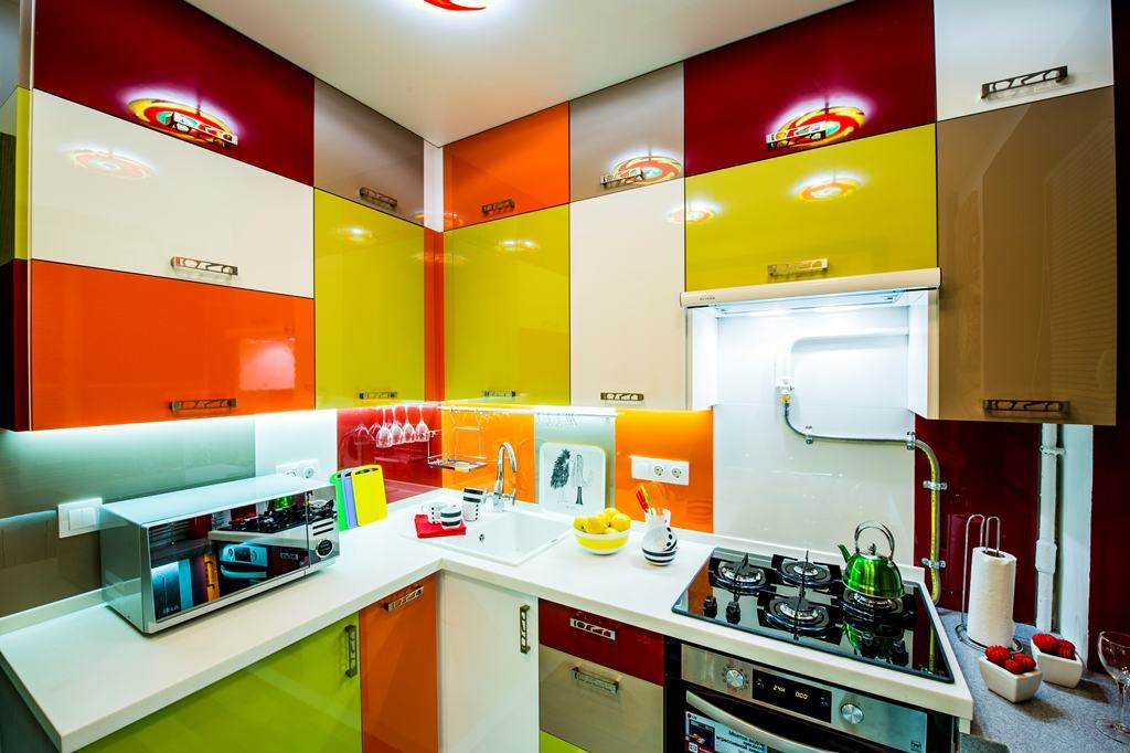 6 квадратных метра кухонного пространства превратились в шедевр! Вот это ремонт!!!