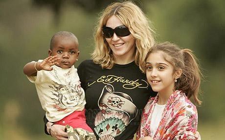 Мадонна - мать четверых детей: строгие правила звездной семьи!