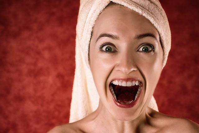 Неприятный запах изо рта: причины и как избавиться!