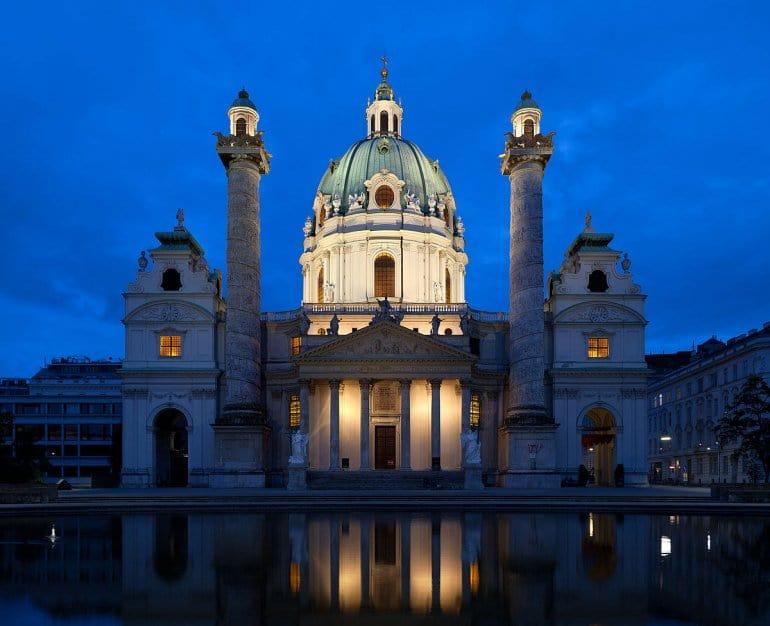 Все дороги в Вене ведут на Карлсплац - одна из лучших площадей мира!