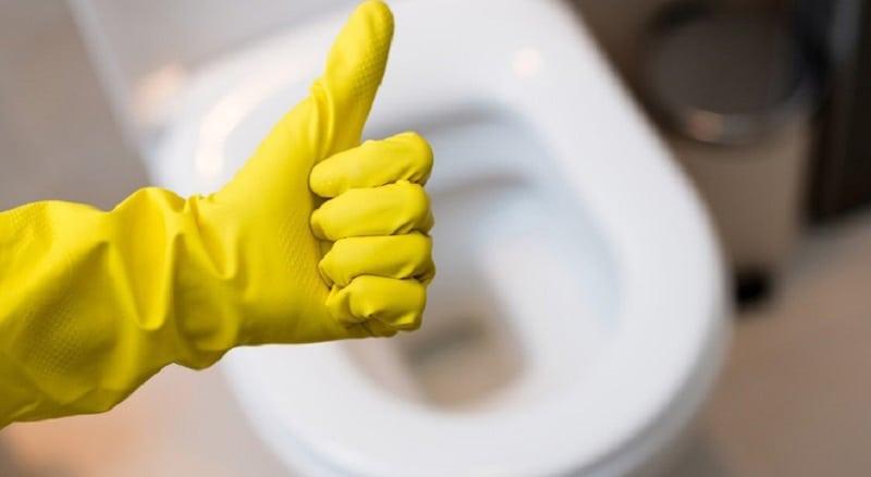 7 простых трюков для чистой ванной комнаты!