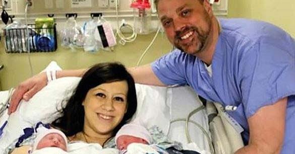 Она родила близнецов, а потом сделала такой же подарок для подруги!