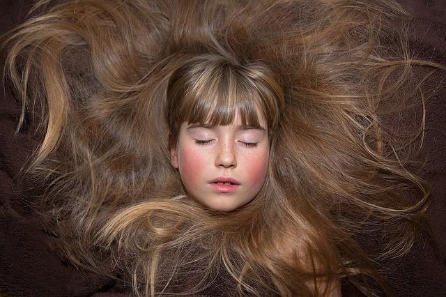 Врача-трихолог рассказал рецепт маски для быстрого роста волос!