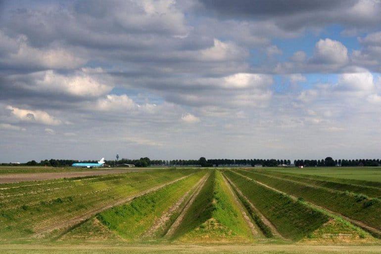 Аэропорт Амстердама: как там борются с шумом?