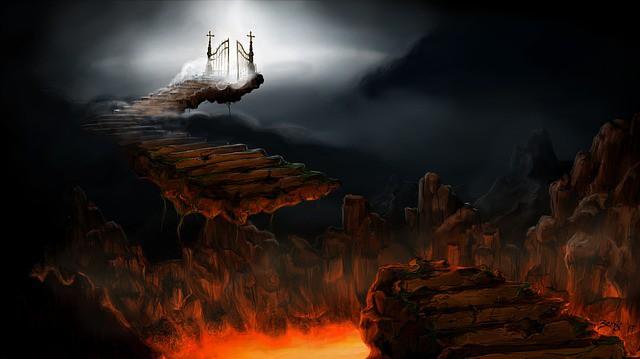 Как-то умер один благочестивый человек и попал в рай…
