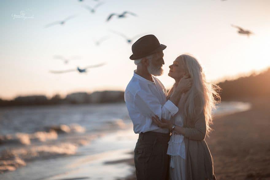 Эта фотосессия Вас покорит. Они пронесли любовь сквозь месяцы и годы!