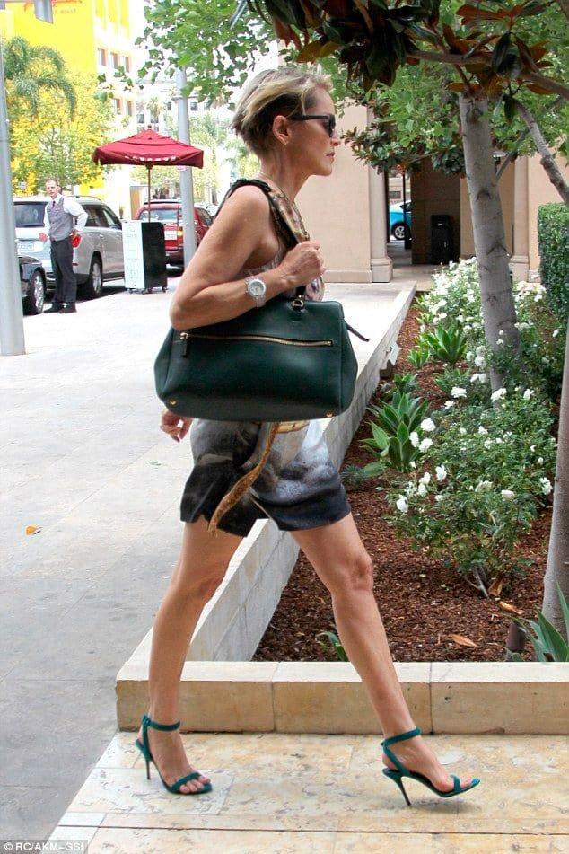 Эта фотография 50-летней женщины. Пусть она Вас стимулирует!