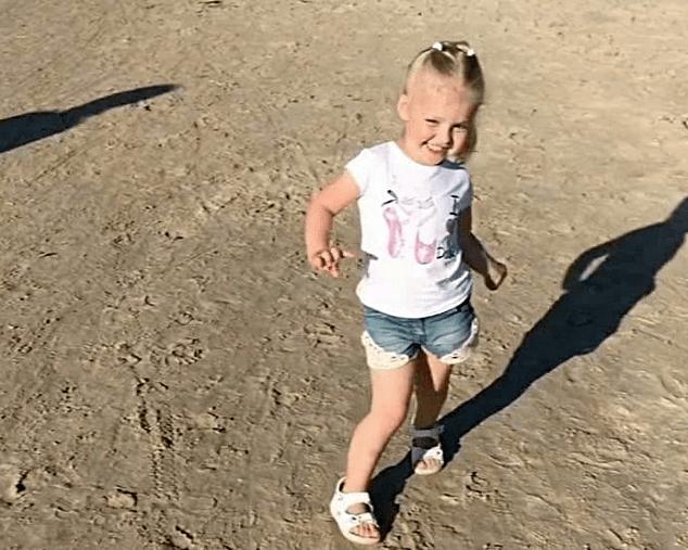 Когда родители артисты, артистизм в крови))) Дочь Пугачевой на пляже!