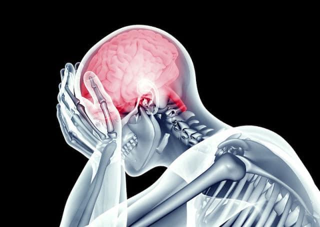 Организм чувствует инсульт заранее. 8 предупреждений, на которые нужно обратить внимание.