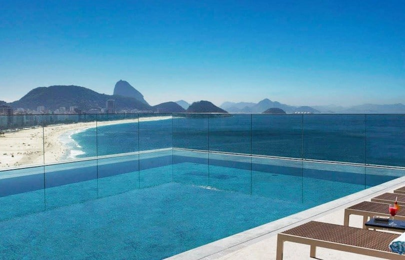 Эти 7 отелей Рио-де-Жанейро известны своими потрясающими бассейнами.