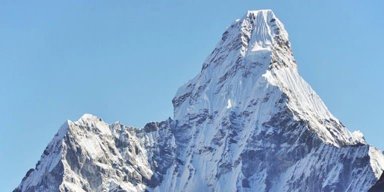 10 самых красивых гор мира. От них дух захватывает!