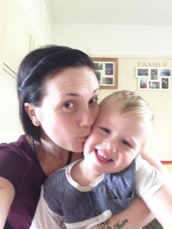 Желание быть красивой погубило мать троих детей! Прощальные слова к пользователям интернета.