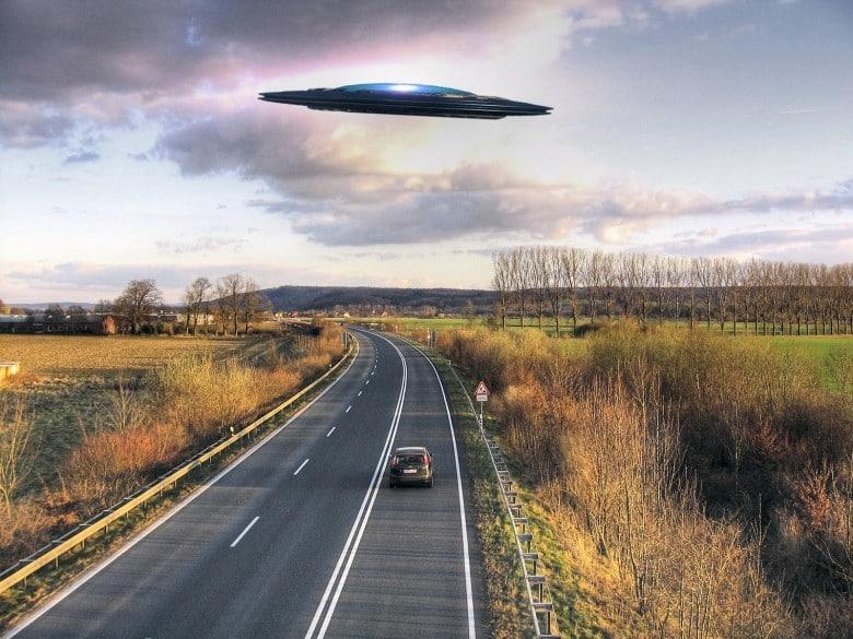 А инопланетяне существуют!!! 12 невероятных историй встречи людей с пришельцами!