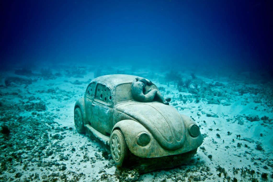 Настоящая фантастика. Крупнейший подводный музей мира!