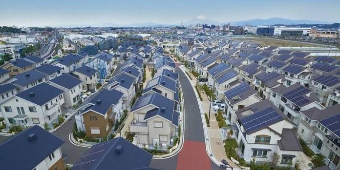 Мировая тенденция: целый город Японии перешел на солнечную энергию!