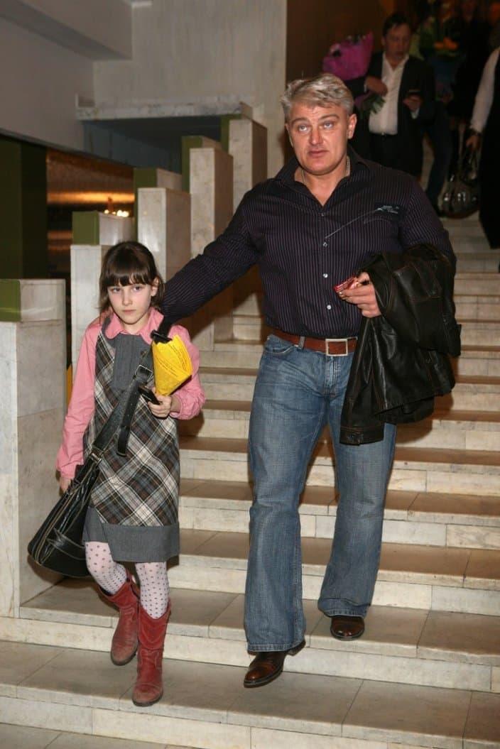 Дочь Динамита рассказала, что очень скучает по отцу.