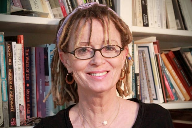 """""""Вы неможете никого исправить или заставить «завязать»...""""12 пронзительных истин писательницы Энн Ламотт для тех, кто в отчаянии."""