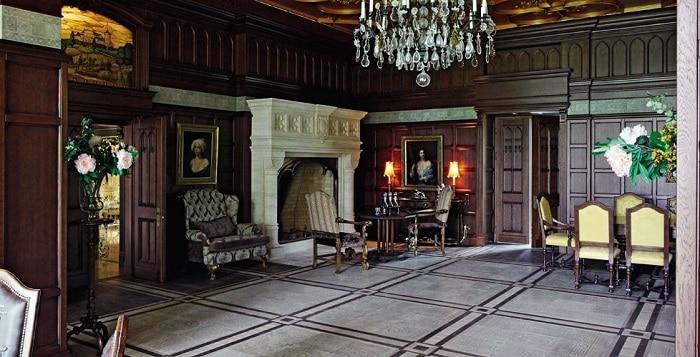 Осенний дворик Примадонны и Галкина. Супруги выложили фото в интернет.