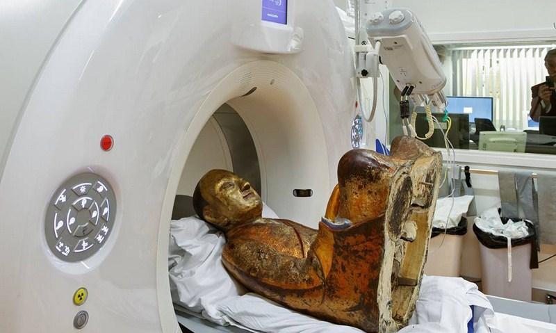 Статуя Будды оказывается не полая! Ученые кое-что обнаружили внутри.