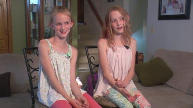 Они были сиамскими близнецами. Сейчас это вполне обычные девочки!