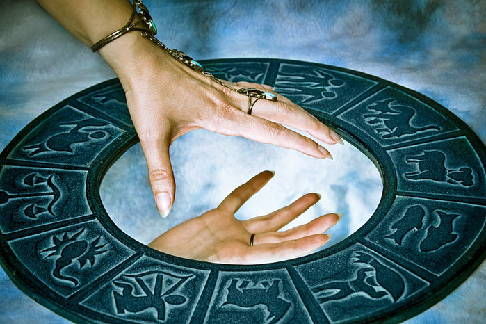 Между этими знаками Зодиака существует кармическая связь!