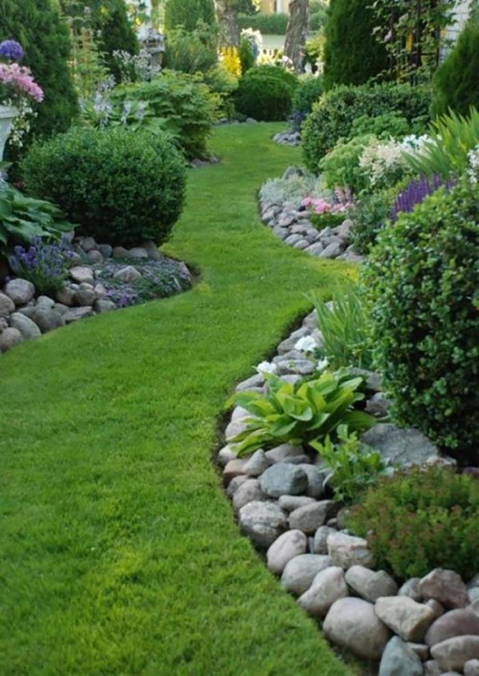Идеи опытных садоводов для устройства клумб.