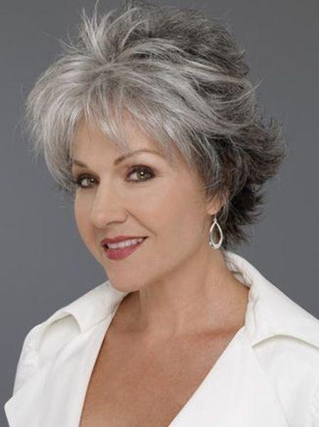 """Причёски для женщин """"за 50"""". Универсальное решение, чтобы выглядеть младше!"""