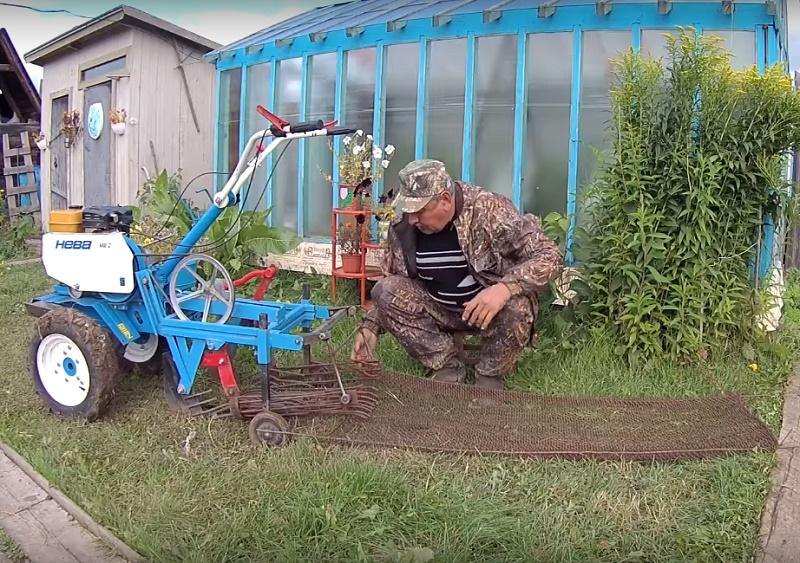 Это приспособление позволит убрать картошку с огорода всего за час!
