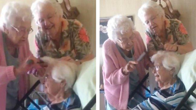 97-летняя женщина с сёстрами! Милое видео.