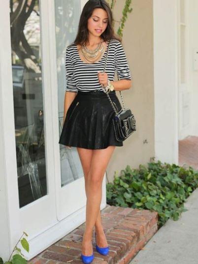 короткая юбка с футболкой