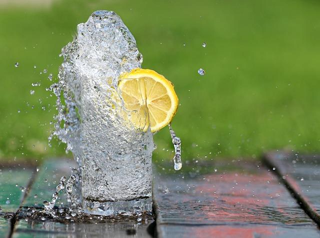 чем утолить жажду в жару