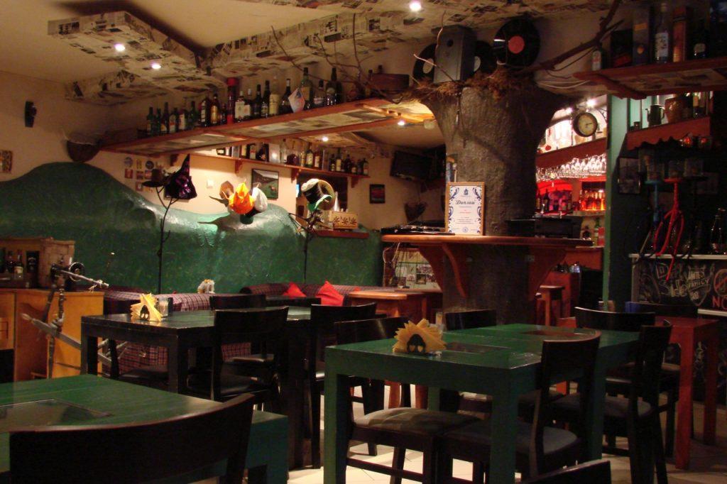 Где вкусно и недорого пообедать или поужинать во Пскове
